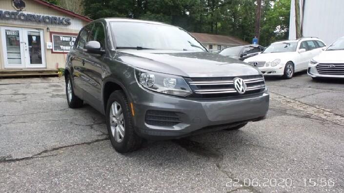 2012 Volkswagen Tiguan in Roswell, GA 30075 - 1651128