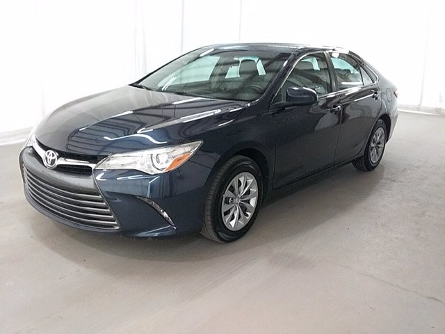 2016 Toyota Camry in Lawrenceville, GA 30043