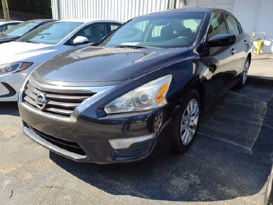 2014 Nissan Altima in Roswell, GA 30075 - 1646369
