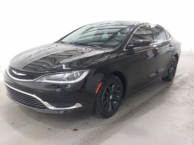 2016 Chrysler 200 in Lawrenceville, GA 30043