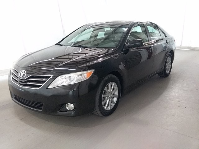 2011 Toyota Camry in Lawrenceville, GA 30043