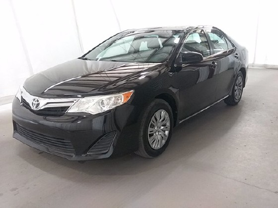 2014 Toyota Camry in Lawrenceville, GA 30043 - 1666990