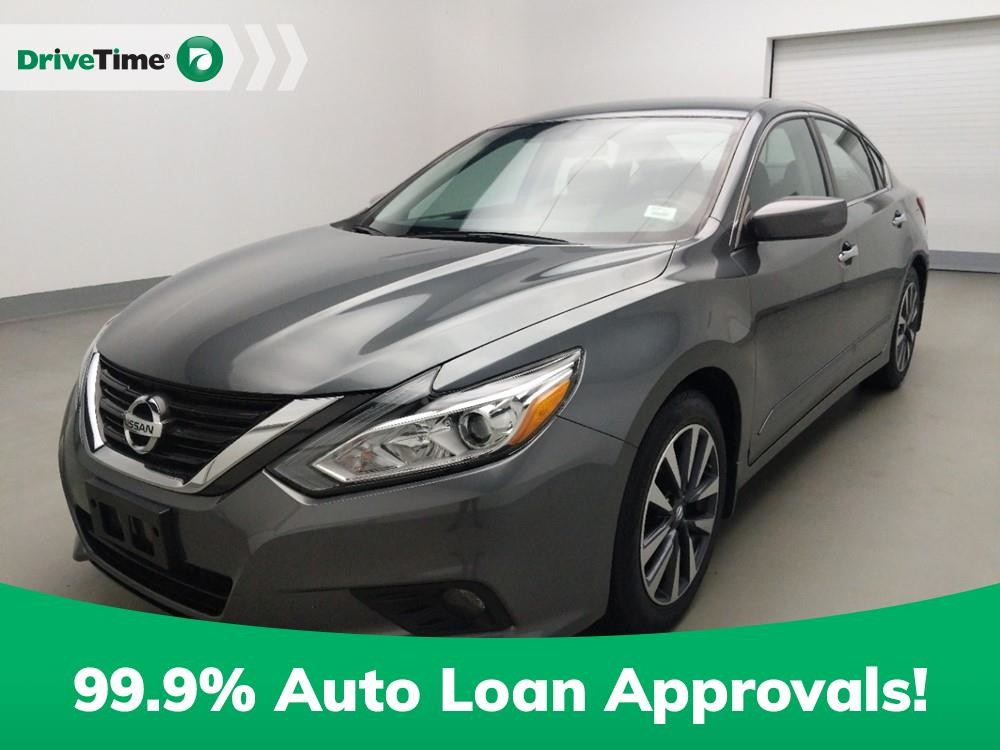2017 Nissan Altima in Stone Mountain, GA 30083-3215