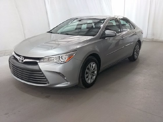 2015 Toyota Camry in Lawrenceville, GA 30043 - 1668476