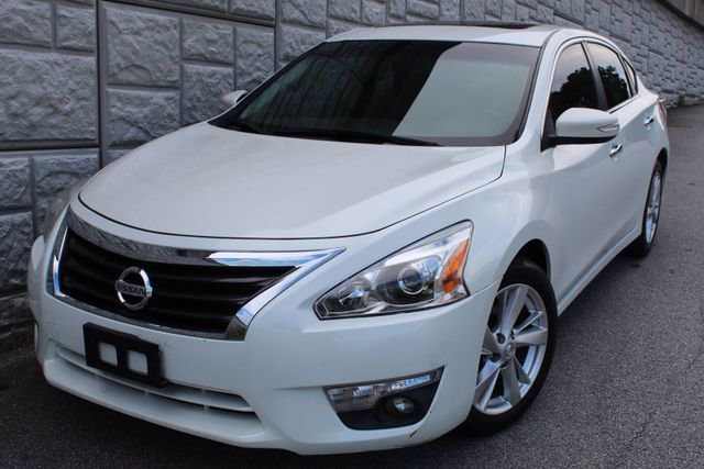2013 Nissan Altima in Decatur, GA 30032