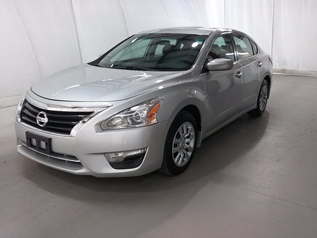 2015 Nissan Altima in Lawrenceville, GA 30043