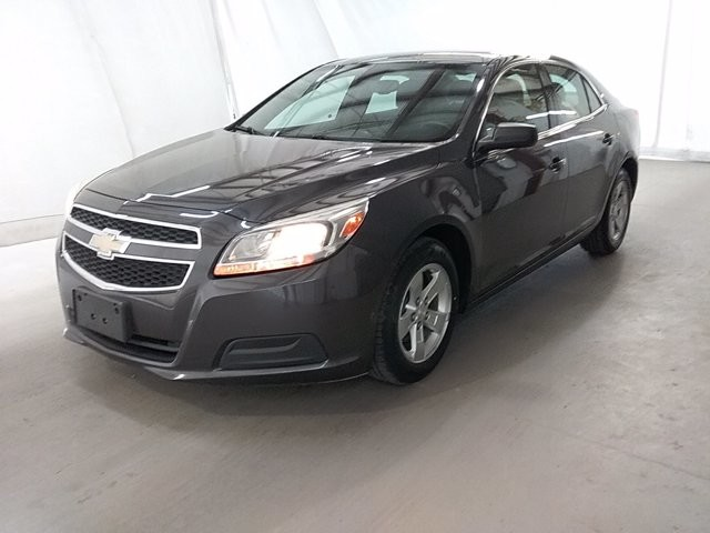 2013 Chevrolet Malibu in Lawrenceville, GA 30043