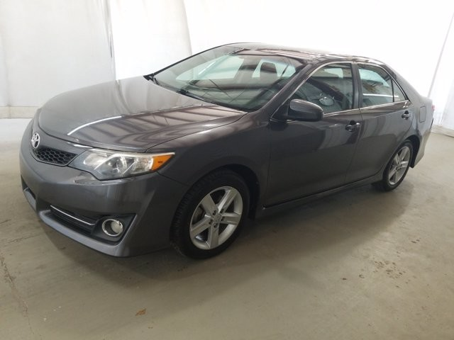 2014 Toyota Camry in Lawrenceville, GA 30043