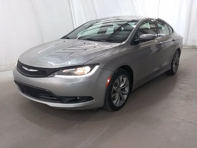 2016 Chrysler 200 in Lawrenceville, GA 30043