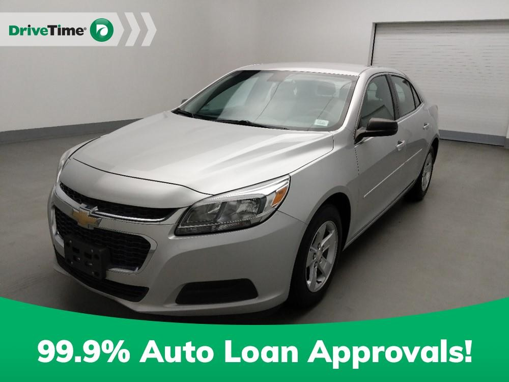 2016 Chevrolet Malibu in Stone Mountain, GA 30083-3215