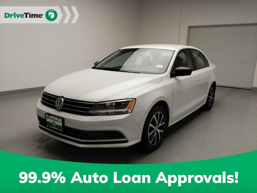 2016 Volkswagen Jetta in Downey, CA 90241