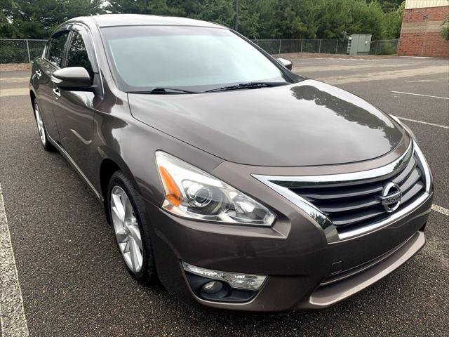 2014 Nissan Altima in Cumming, GA 30040