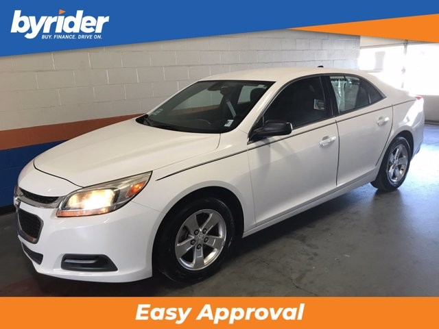 2014 Chevrolet Malibu in Louisville, KY 40258