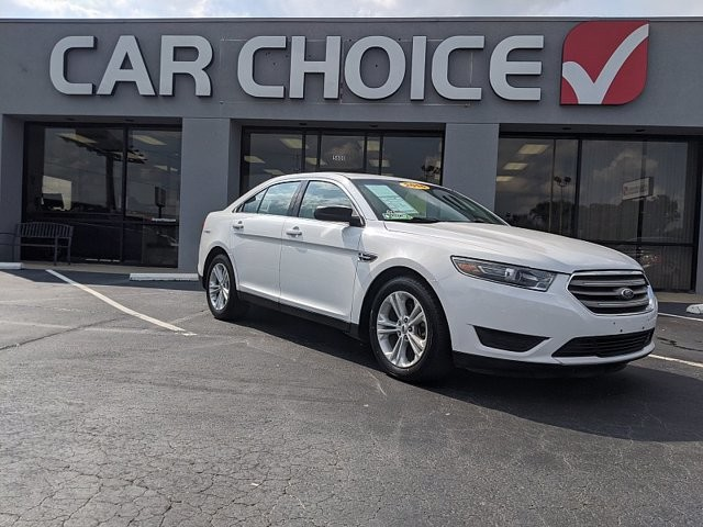 2016 Ford Taurus in North Little Rock, AR 72116