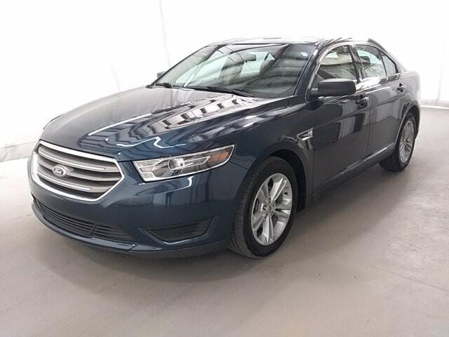 2016 Ford Taurus in Lawrenceville, GA 30043
