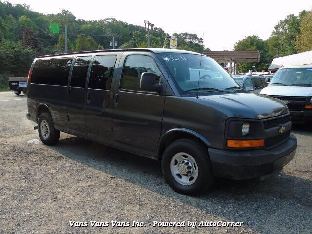 2014 Chevrolet Express 3500 in Blauvelt, NY 10913-1169
