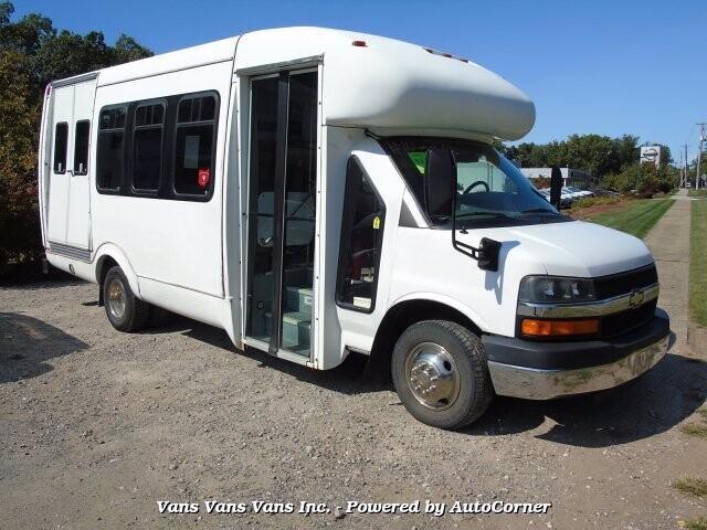 2005 Chevrolet Express 3500 in Blauvelt, NY 10913-1169