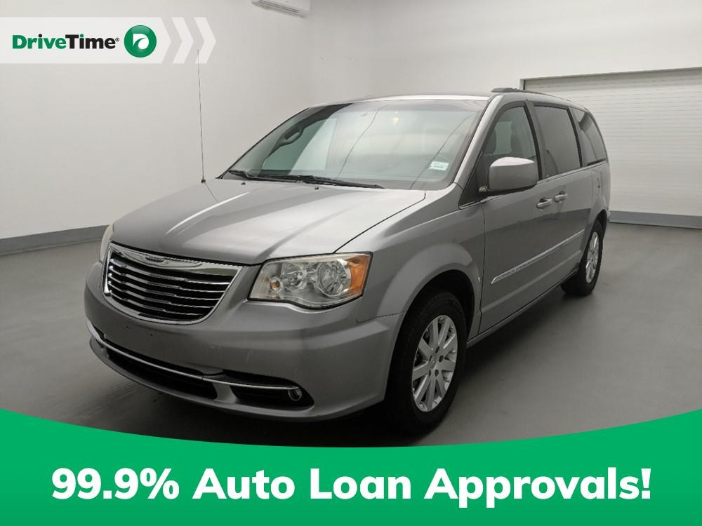 2013 Chrysler Town & Country in Marietta, GA 30060-6517
