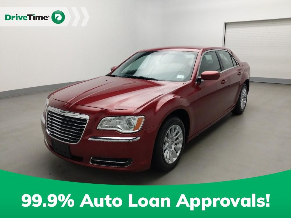 2013 Chrysler 300 in Stone Mountain, GA 30083-3215