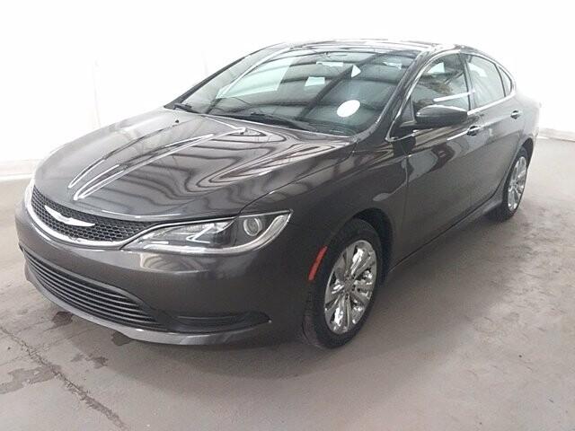 2017 Chrysler 200 in Lawrenceville, GA 30043