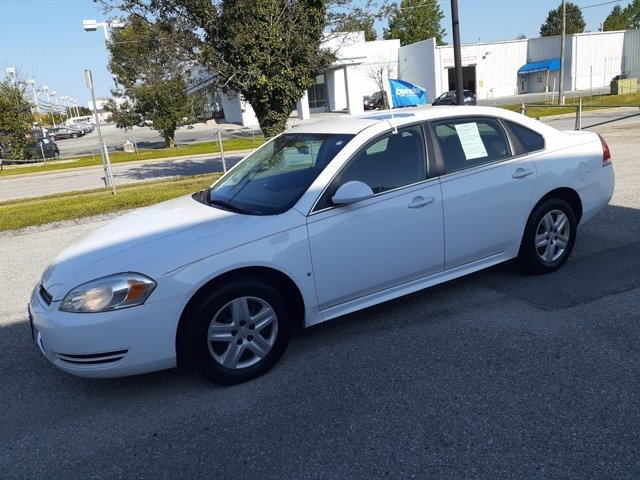 2010 Chevrolet Impala in RANDALLSTOWN, MD 21133
