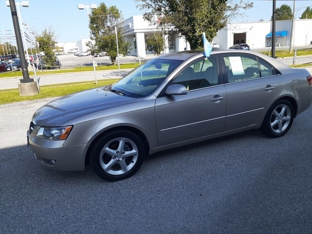2008 Hyundai Sonata in RANDALLSTOWN, MD 21133