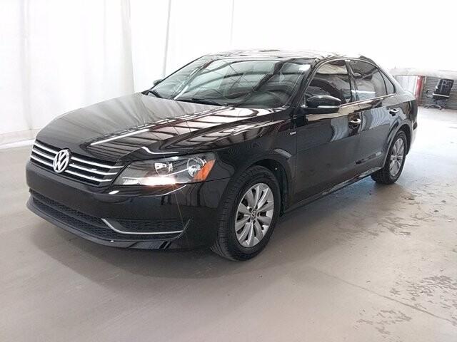 2014 Volkswagen Passat in Lawrenceville, GA 30043