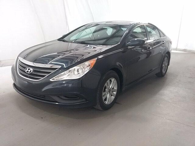2014 Hyundai Sonata in Charlotte, NC 28212