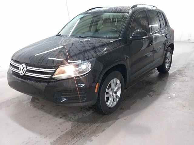2016 Volkswagen Tiguan in Stone Mountain, GA 30083