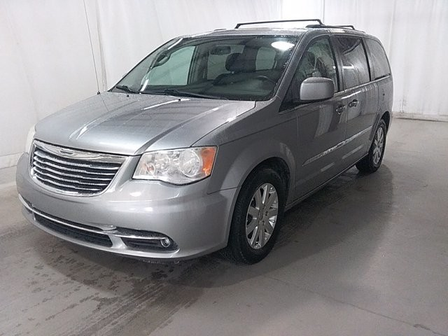 2014 Chrysler Town & Country in Snellville, GA 30078