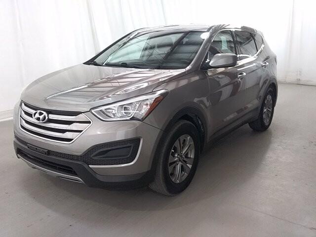 2016 Hyundai Santa Fe in Jonesboro, GA 30236