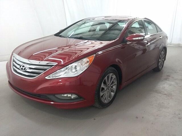 2014 Hyundai Sonata in Union City, GA 30291