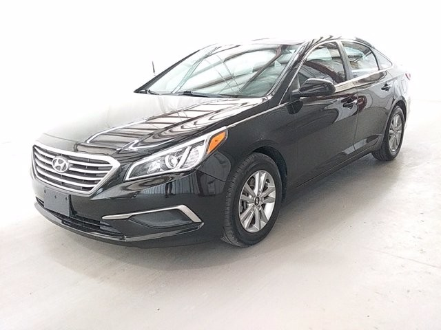 2016 Hyundai Sonata in Lithia Springs, GA 30122