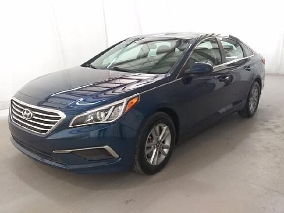 2017 Hyundai Sonata in Lithia Springs, GA 30122 - 1705421