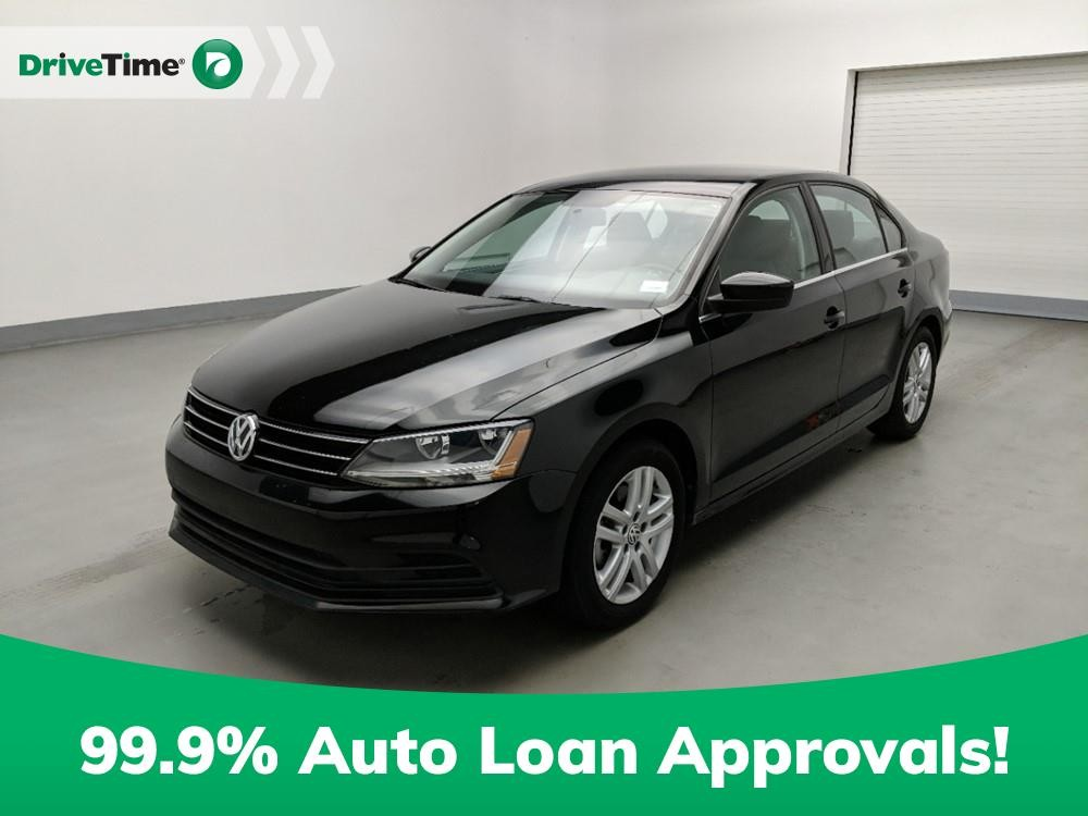 2017 Volkswagen Jetta in Stone Mountain, GA 30083-3215