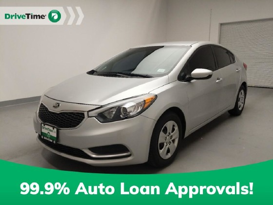 2016 Kia Forte in Downey, CA 90241 - 1711332