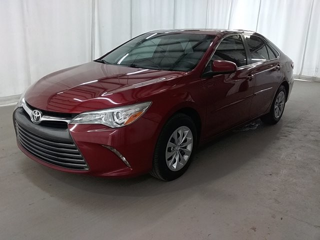 2015 Toyota Camry in Lawreenceville, GA 30043
