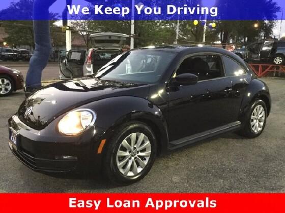 2014 Volkswagen Beetle in Cicero, IL 60804 - 1714375