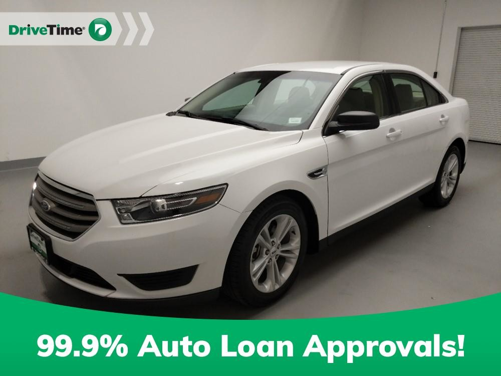 2016 Ford Taurus in Downey, CA 90241