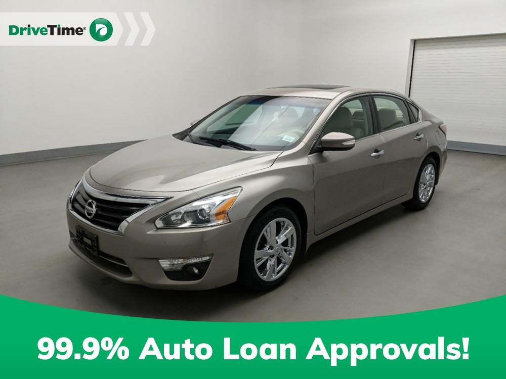 2014 Nissan Altima in Stone Mountain, GA 30083