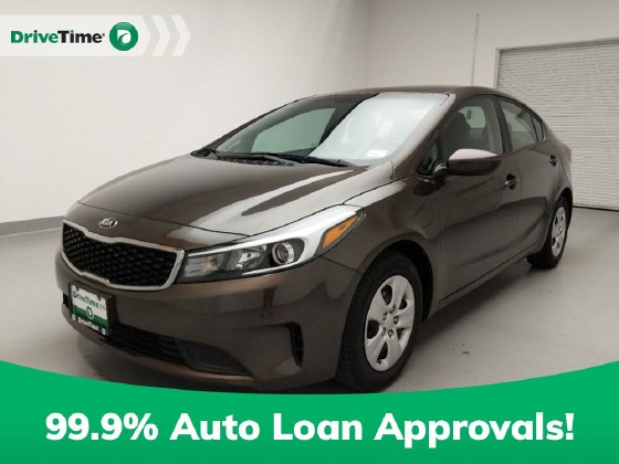 2017 Kia Forte in Downey, CA 90241 - 1719422