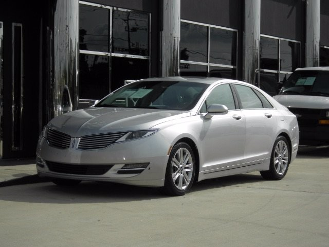 2015 Lincoln MKZ in Pasadena, TX 77504