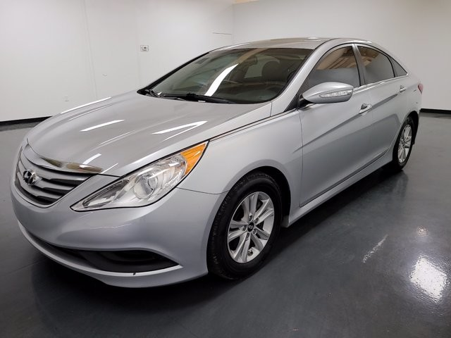 2014 Hyundai Sonata in Union City, GA 30291