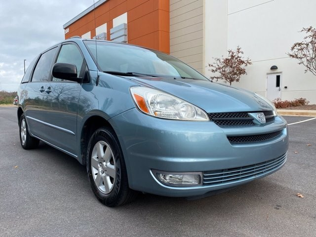 2005 Toyota Sienna in Buford, GA 30518