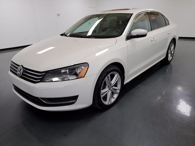 2014 Volkswagen Passat in Stone Mountain, GA 30083