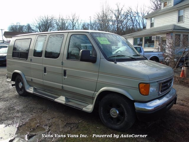 2004 Ford E-150 and Econoline 150 in Blauvelt, NY 10913-1169