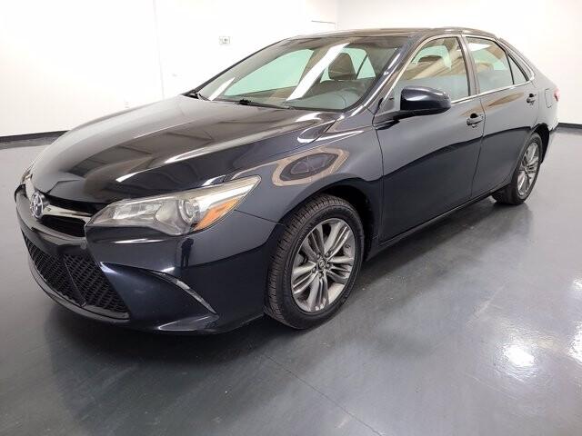 2016 Toyota Camry in Union City, GA 30291