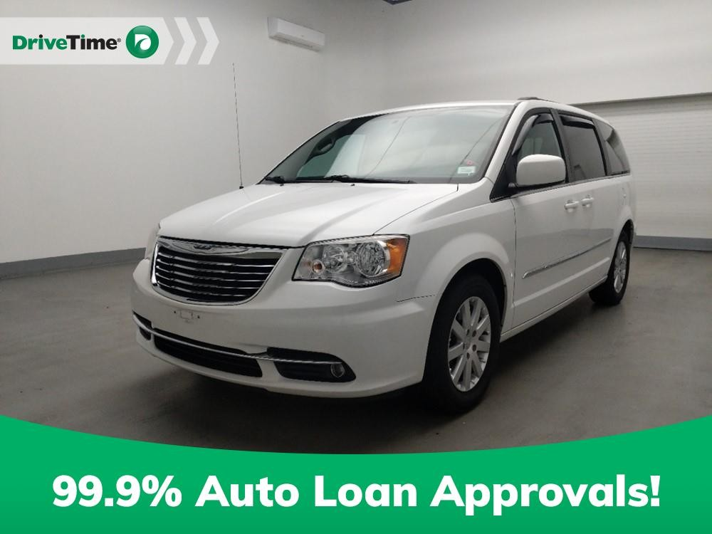 2014 Chrysler Town & Country in Duluth, GA 30096
