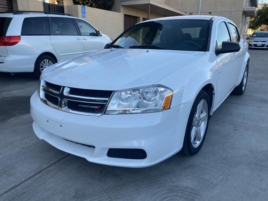 2013 Dodge Avenger in Pasadena, CA 91107