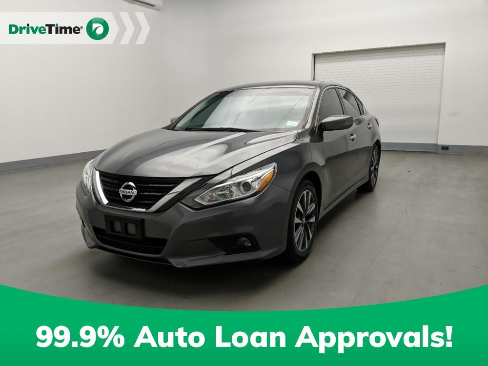 2017 Nissan Altima in Stone Mountain, GA 30083